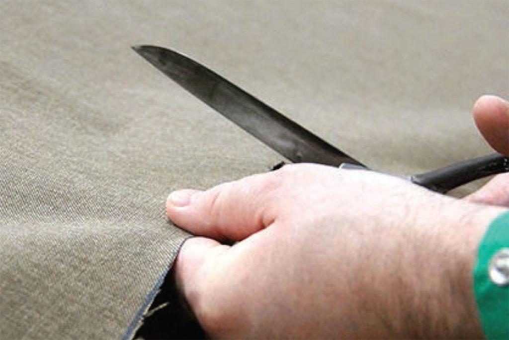 Taglio di un tessuto