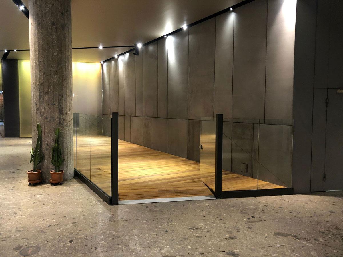Dehor, plateatico, parquet, Milano